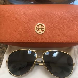 Tory Burch Aviator Sunglasses